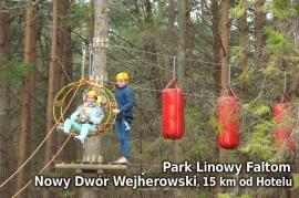 Park Linowy przy Leśnej Karczmie Faltom w Nowym Dworze Wejherowskim, 15 km od Hotelu - Hotel Faltom