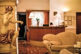 Hol przy recepcji SPA - Hotel Faltom