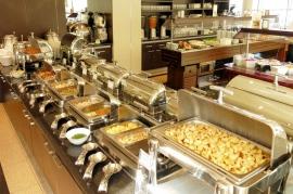 Bufet obiadokolacyjny - Hotel Faltom