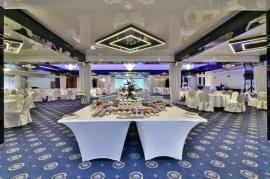 Sala balowa - bufet słodki  - Hotel Faltom