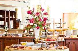 Restauracja Zielona - śniadanie w formie bufetu szwedzkiego - w cenie noclegu - Hotel Faltom